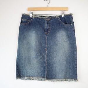 Vintage Denim 13 Denim Fringe Skirt Medium Wash